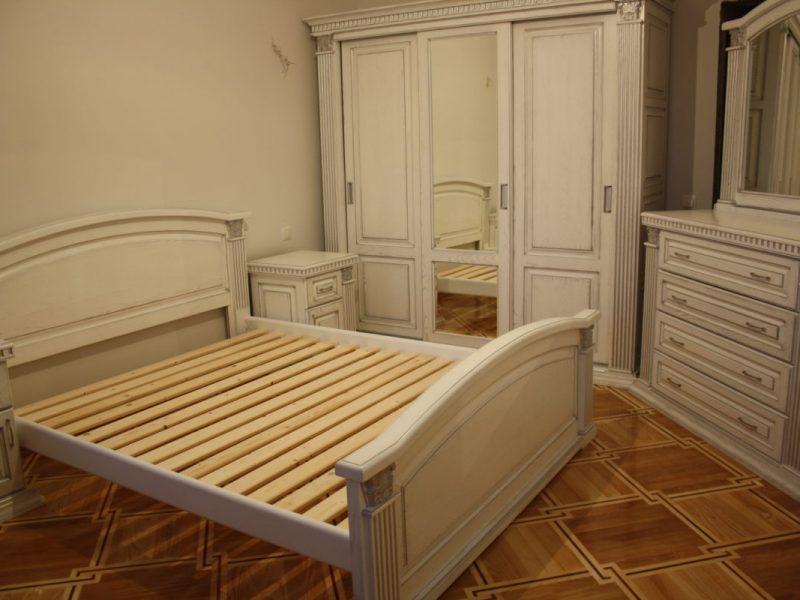 Спальня Богемія з масиву дуба