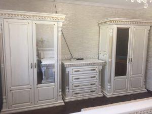 Спальня з дерева біла