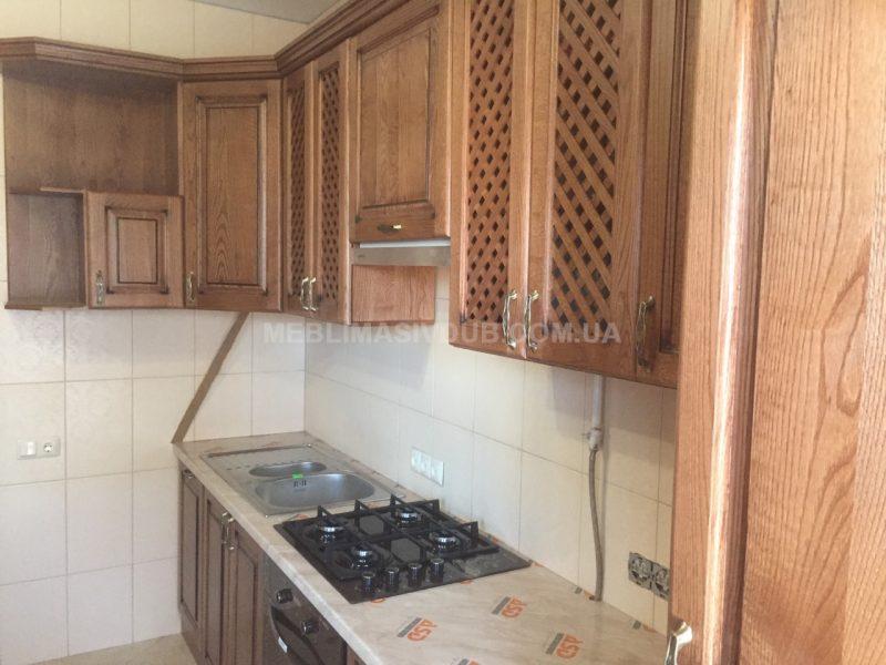 Кухонні меблі з дерева