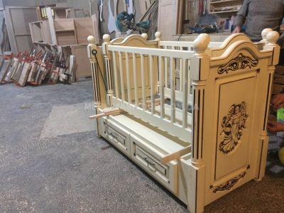Ліжко-колиска з дерева